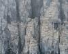 065 Alkefjellet Cliffs